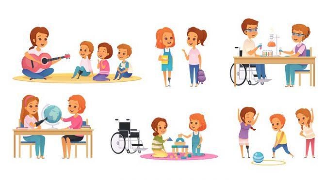 שילוב: ילדות וילדים שונים משחקים בכל מיני משחקים במרחב